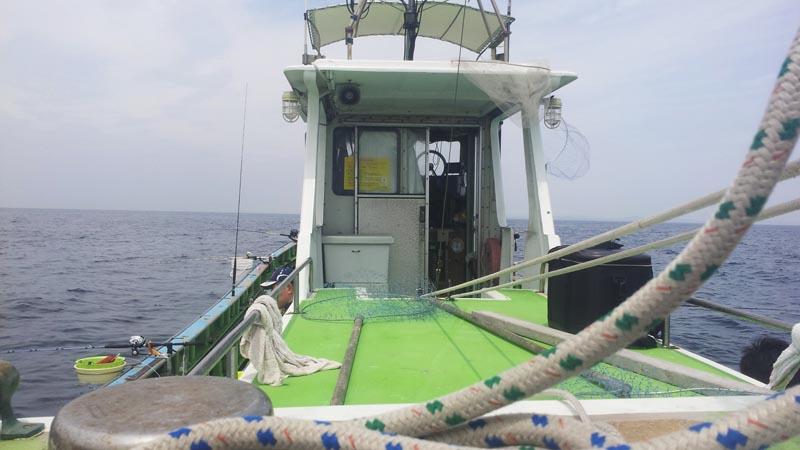沖釣りはアトラクション!